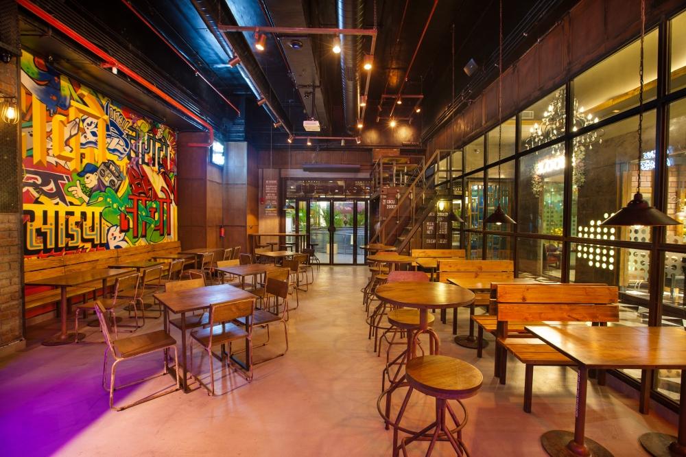 Taco Bell_ Epicuria Nehru Place _interiors 3.jpg